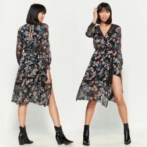 Ali & Jay Floral Side Slit Long Sleeve Dress | M